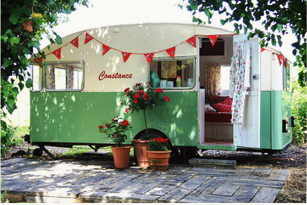 Cottage Hill: My Vintage Camper