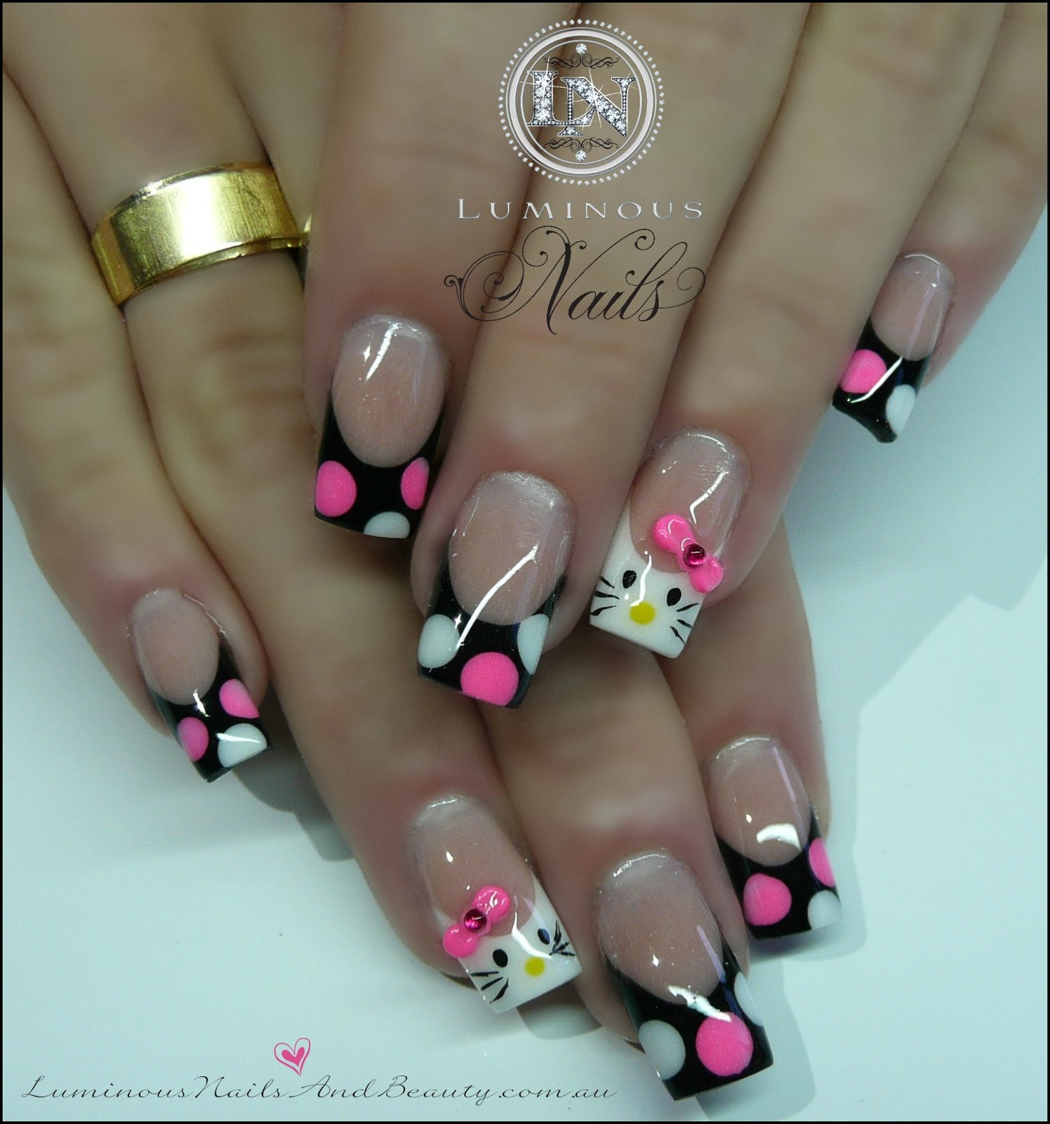 ... Nails,+Spray+tans.+Hello+Kitty+Nails+with+rainbow+black+&+White,+Neon