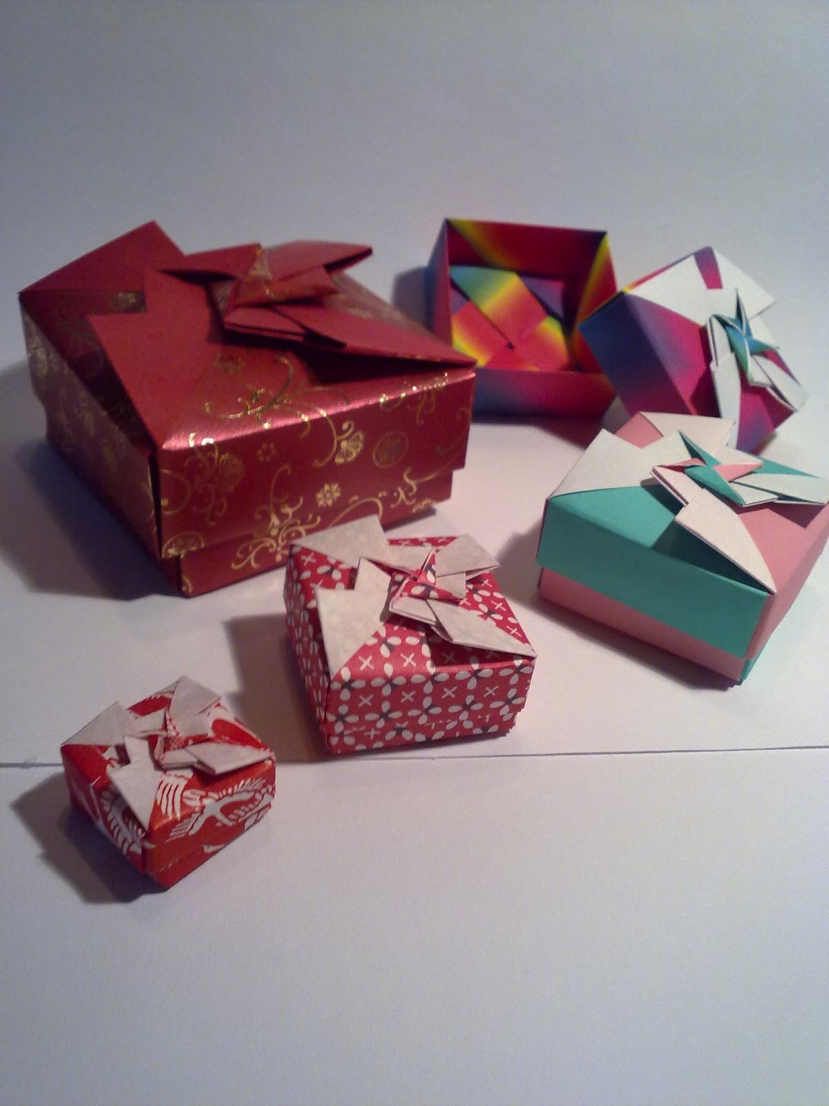 http://1.bp.blogspot.com/-56o_fXVjepw/TyqSd4eiv2I/AAAAAAAAAJY/Hz4CSmHgryY/s1600/Origami+Boxes.jpg