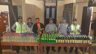 Jelang Lebaran, Polisi Sita Ratusan Botol Miras