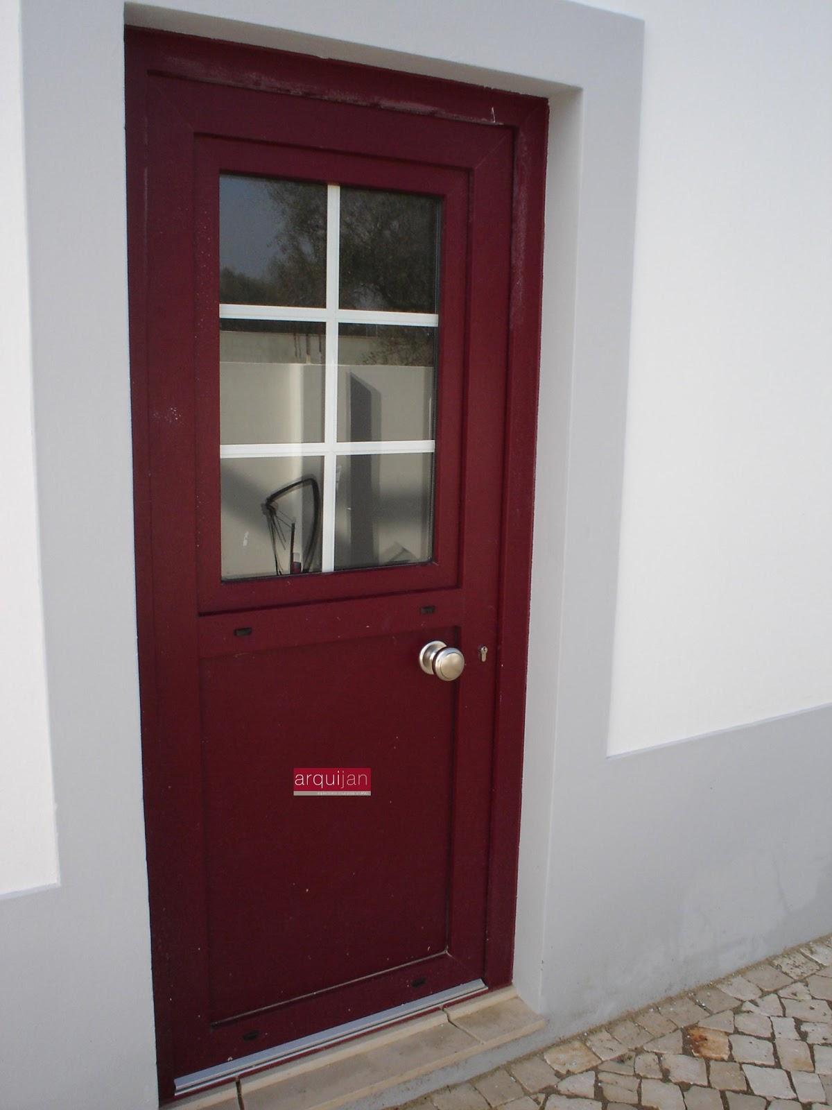#41181F arquijan Janelas em PVC Portas em PVC Janelas Alumínio Portas  512 Janelas Em Aluminio A Imitar Madeira