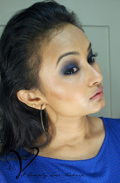 Blue Smokey Eyes and Face Contouring