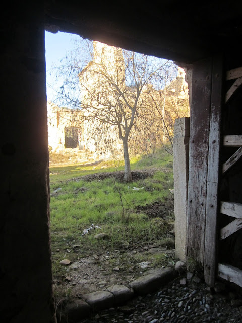 finestres pueblo abandonado