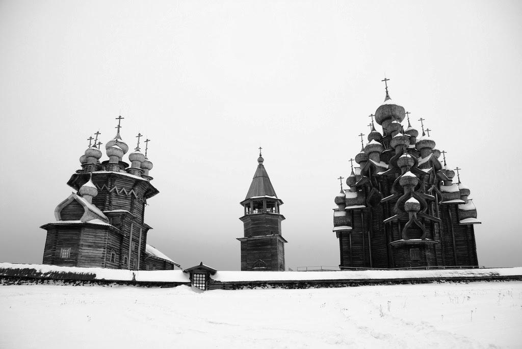 冬のキジ島と木造教会建築群