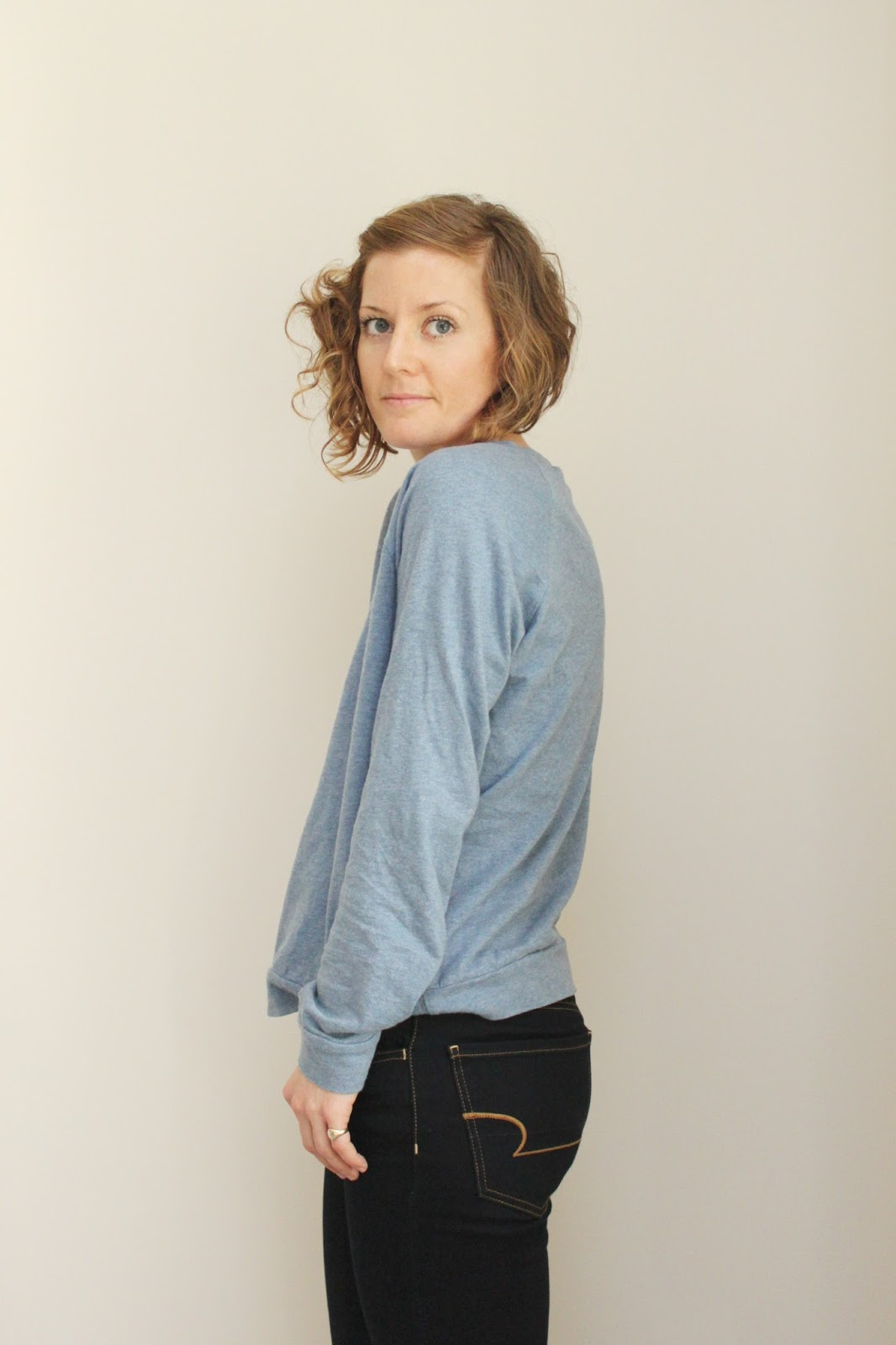 Sewing -- Linden Sweatshirt by Grainline blogged by www.janerichmond.com