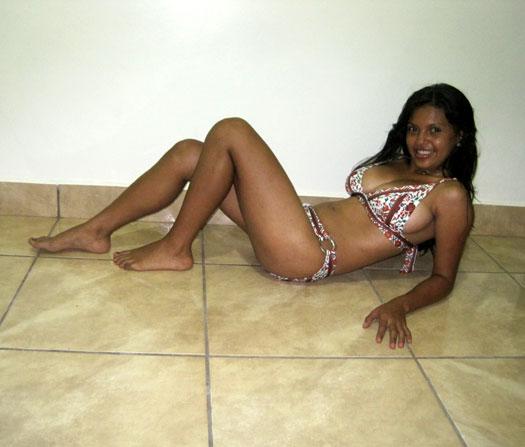 Sri Lankan Hot Girls Bikini
