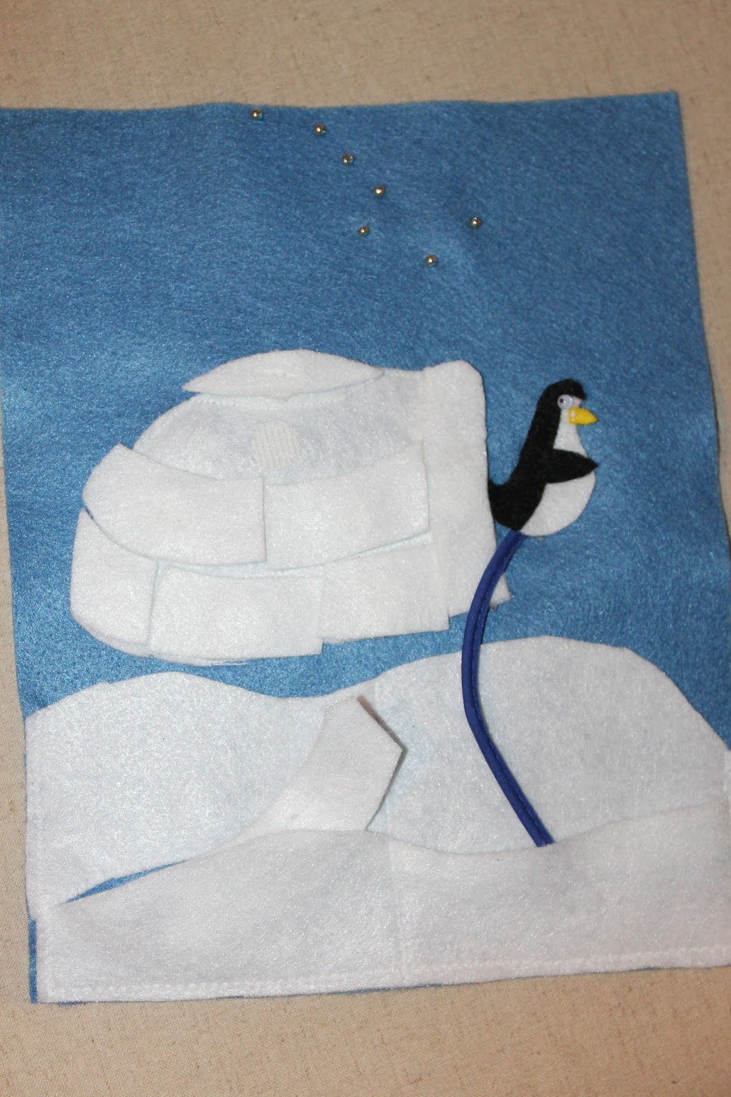 Lyndi\'s Projects: Quiet Book Part 6 - Igloo Puzzle