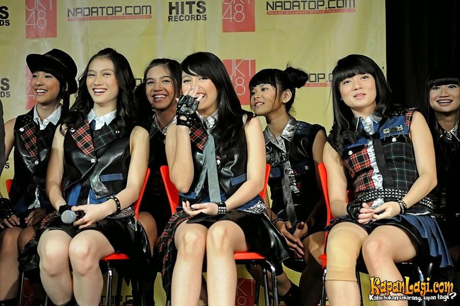 download lagu JKT48 - Aitakatta