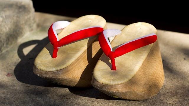 Zapatos okobo