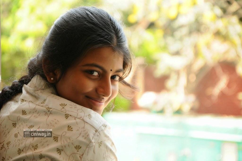 Kayal-Movie-Heroine-Rakshitha-Stills