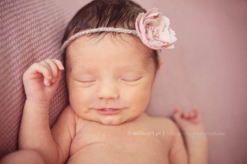 sesje fotograficzne noworodków, zdjęcia niemowląt, fotografia noworodkowa, fotograf noworodkowy,
