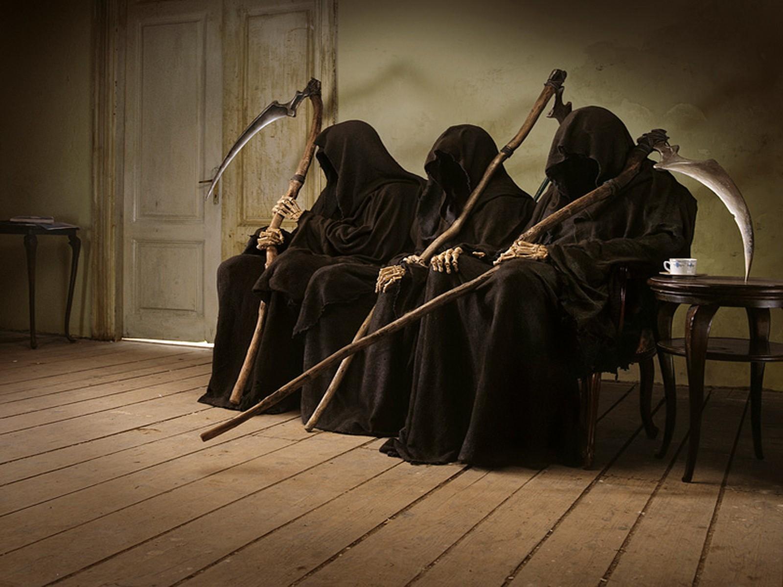 http://1.bp.blogspot.com/-58U_0H9H0bI/UI5dAQL-m-I/AAAAAAAADVI/WQhS8Geq-Ic/s1600/Grim-Reaper+Death+Logger.jpg