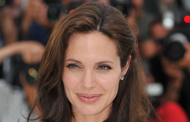 Angelina Jolie HD Photo Shoot