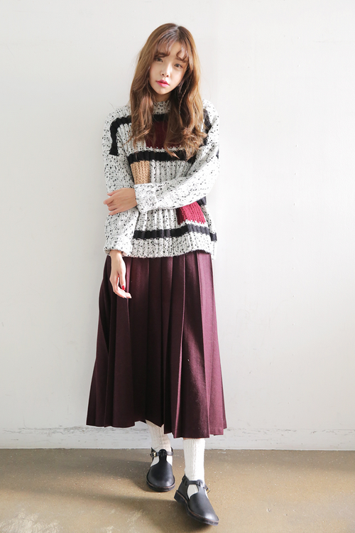 Classic Pleated Midi Skirt