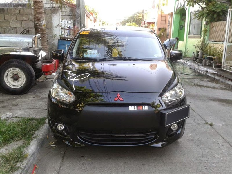 Modifikasi Mobil Mitsubishi Mirage Black