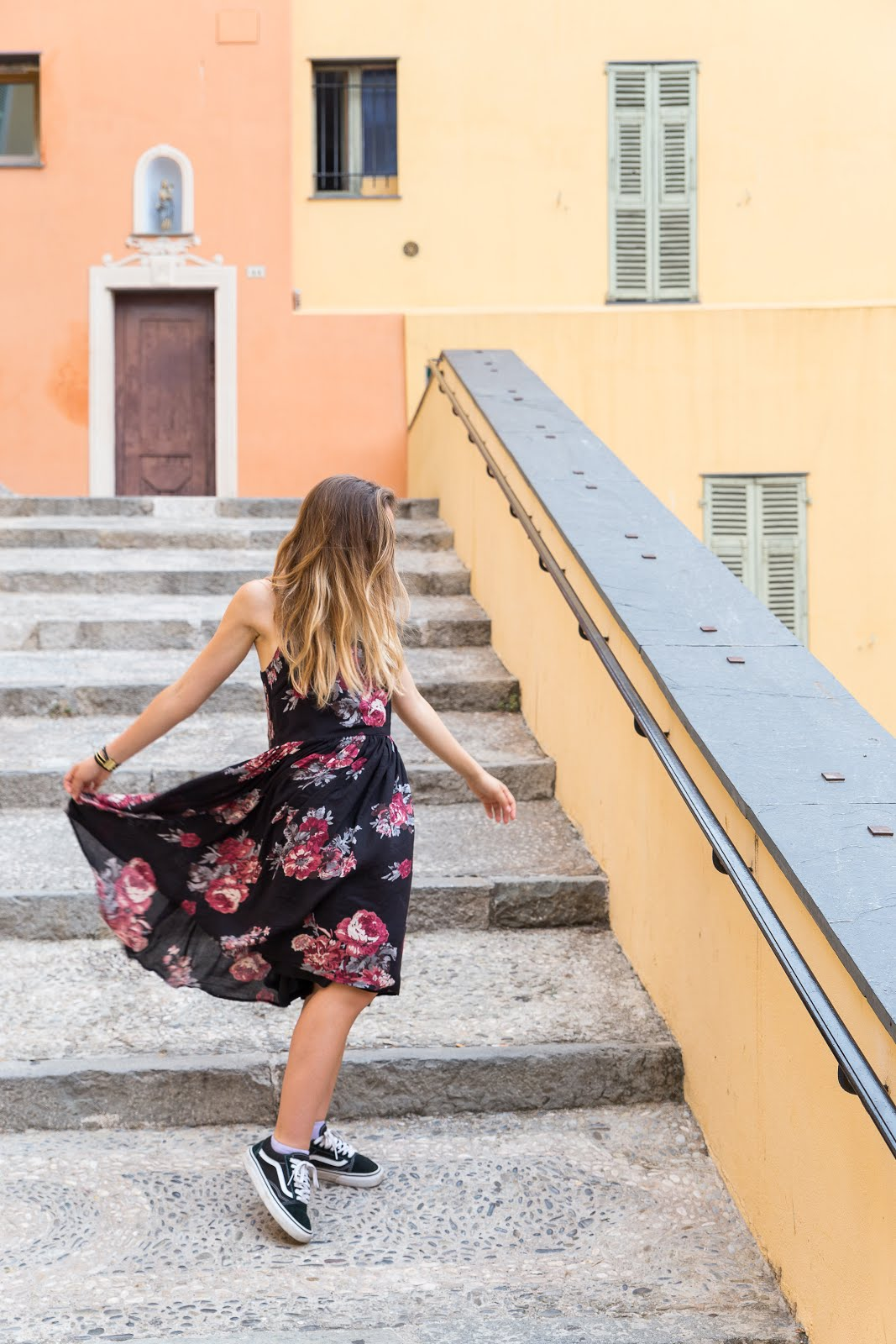 Balade en robe à fleurs // La Penderie de Chloe, blog mode