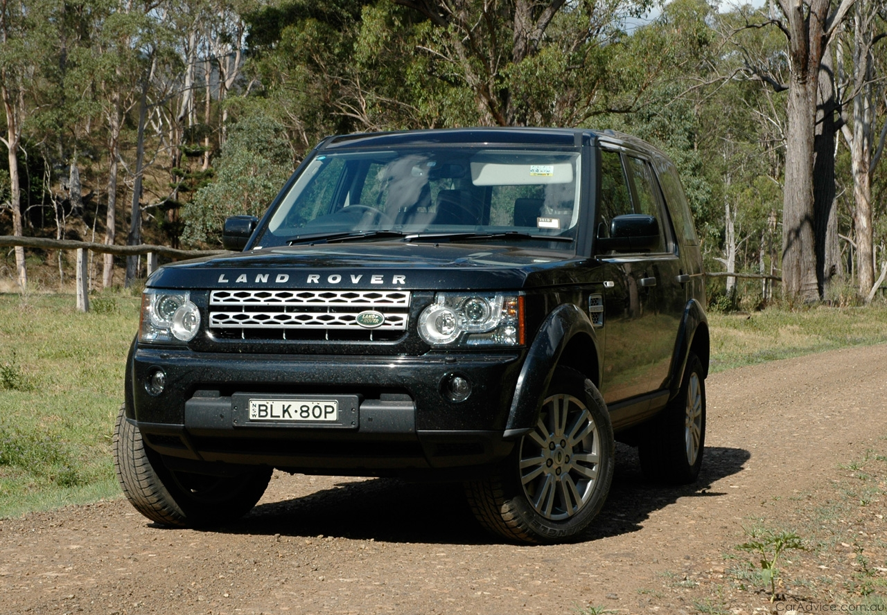 Land Rover Discovery4 1600x900 Wallpaper Features
