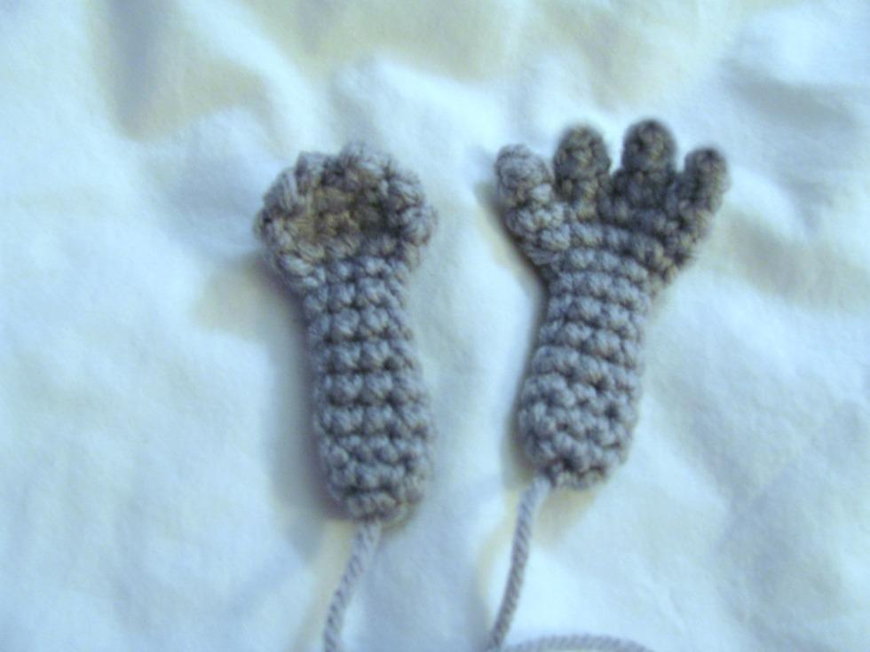 How To Crochet Amigurumi Arms : Dust Bunnies Crochet Free Crochet Pattern ~ Amigurumi To Go