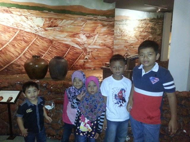 Lawatan ke Muzium dan Kota Lukut