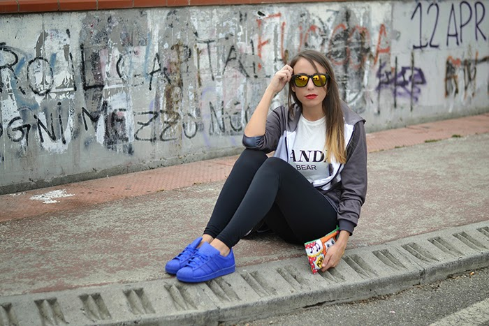 look con adidas supercolor