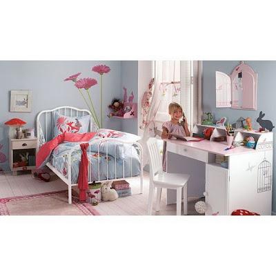 Princess themed girls roomkids bedroom decorating ideas for Little girl princess bedroom ideas
