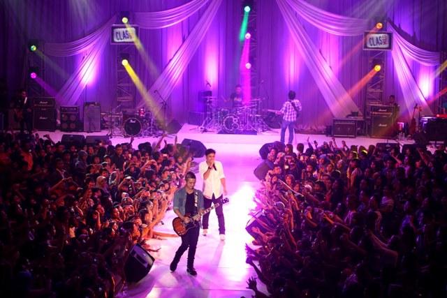 UNGU Live in Diamond Convention Center | Magelang Ungu Cliquers ...