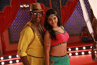 Madha Gaja Raja Song still