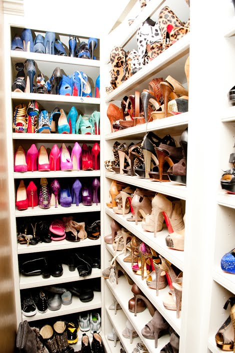 Need help with organizing your closet? Contact Grace Brooke at 707.636.4232