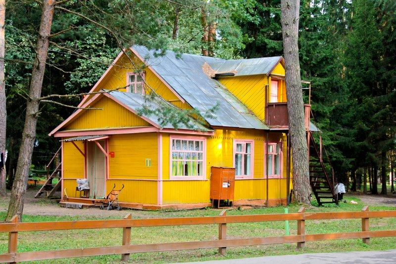 Дома-близнецы участка 9 забронировать домик