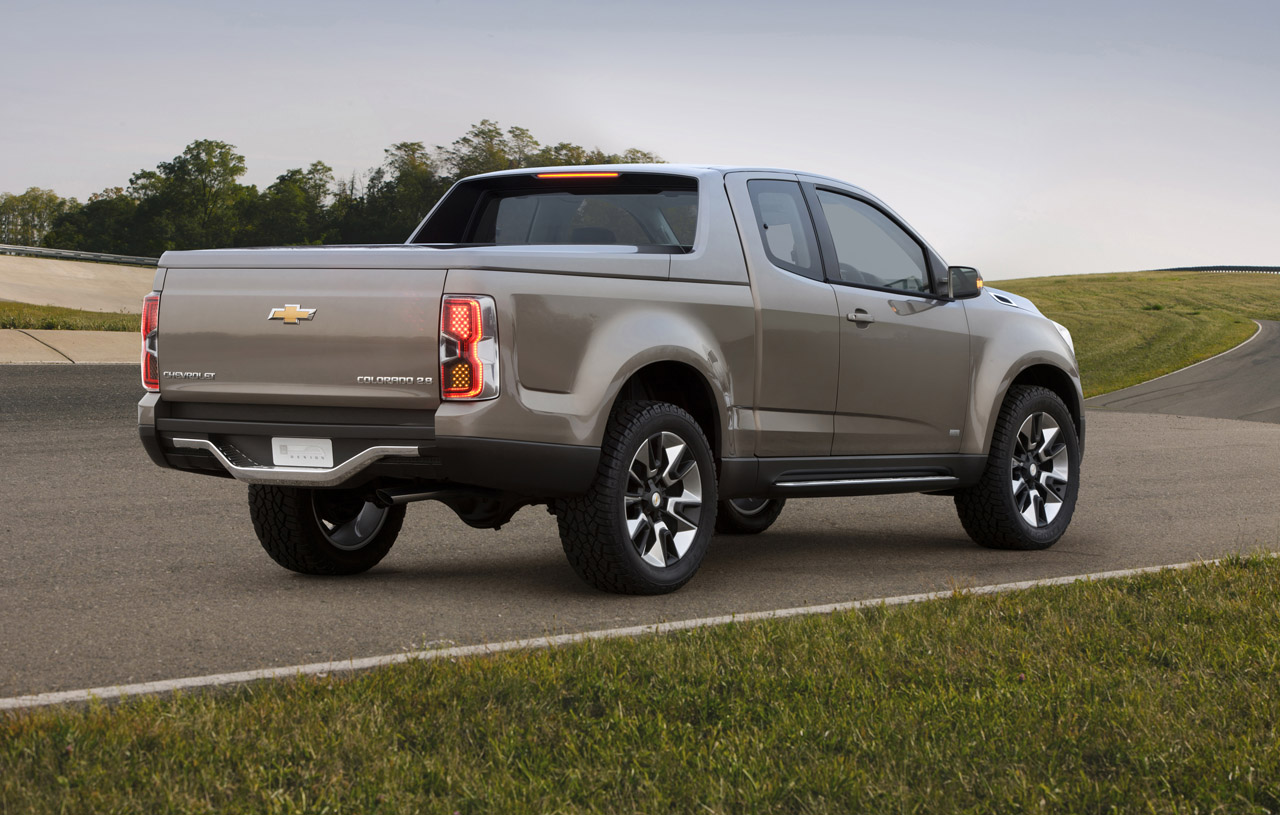 CHEVROLET COLORADO HD WALLPAPERS