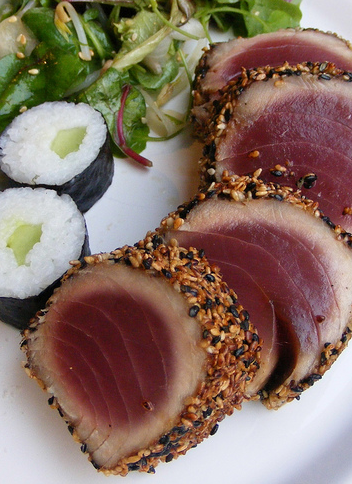 Scrumpdillyicious: Seared Sesame Ahi Tuna with Ponzu Sauce