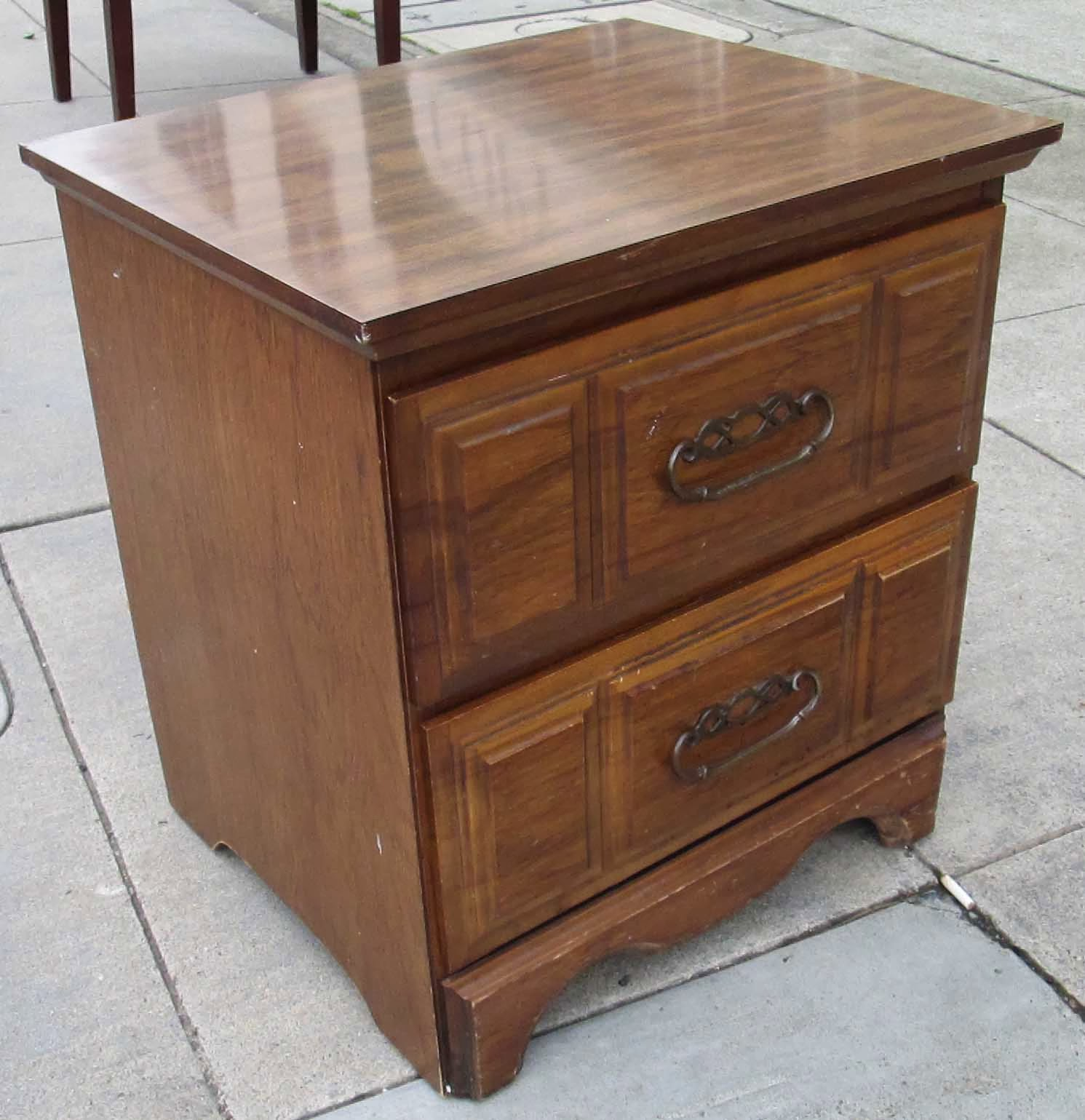 Uhuru Furniture Collectibles Sold End Tables