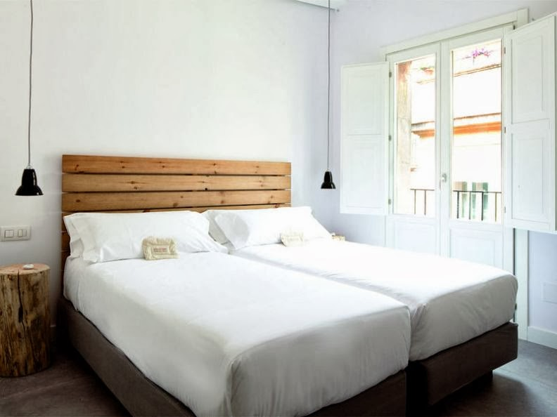 Hostal grau barcelona for Hostal familiar barcelona