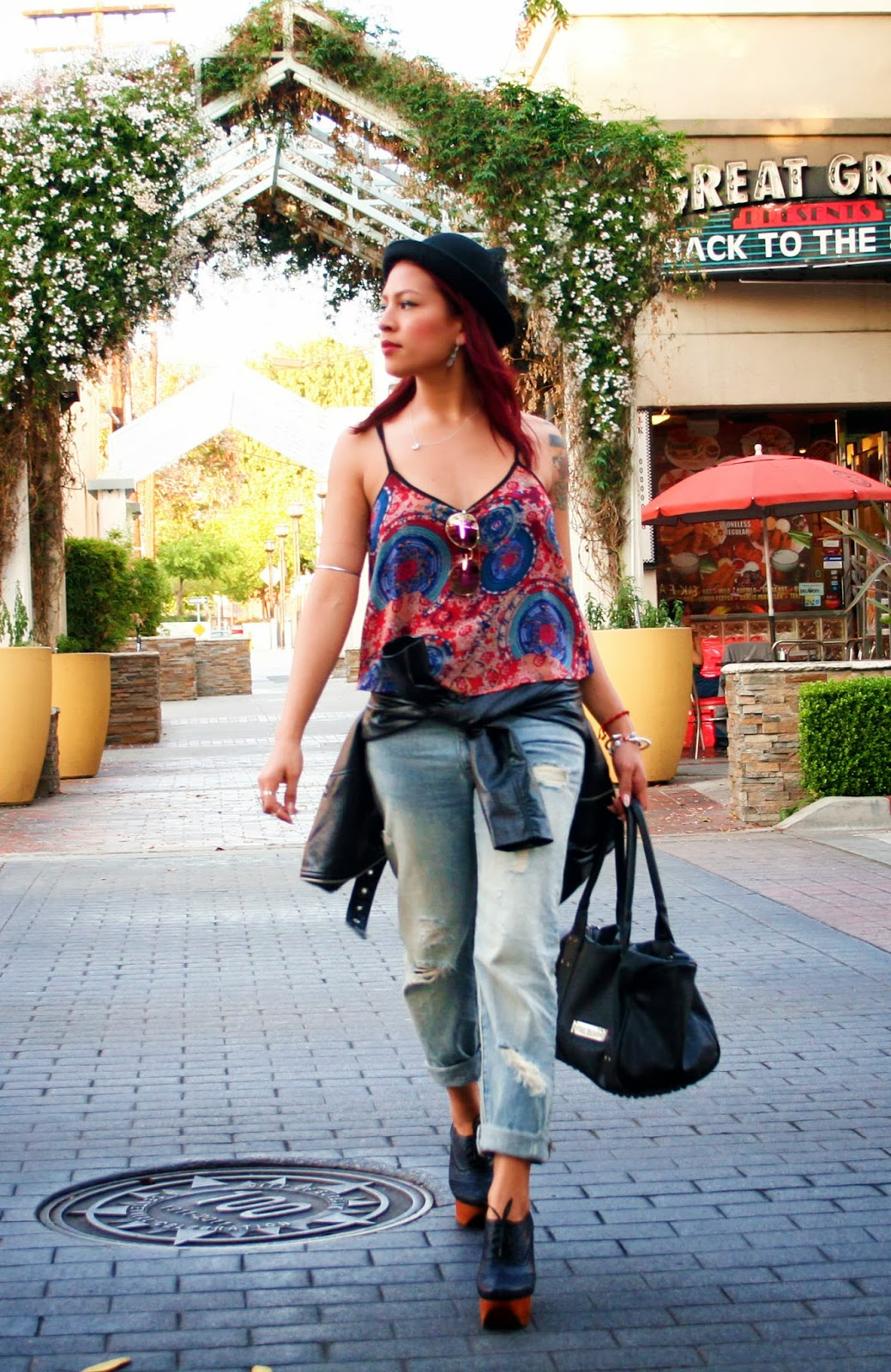 SEA Los Angeles: Boyfriend Jeans