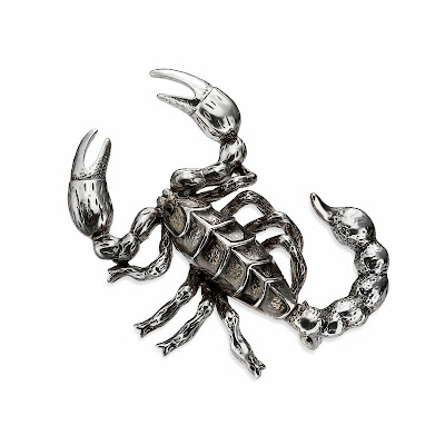 http://www.okajewelry.com/product/2726/Vintage-Large-Scorpion-Brooch-Pin-Gunmetal-Plated.html