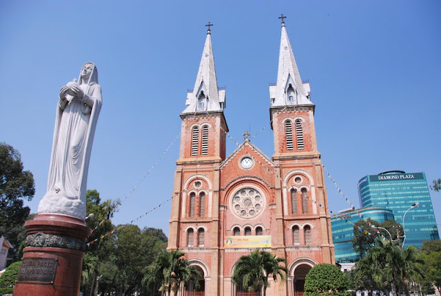 Notre Dame de Saigon - Photo An Bui