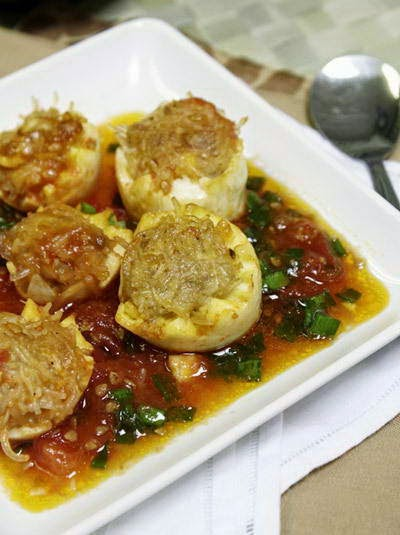 Fried Pork in Egg with Tomato Sauce - Trứng Bọc Thịt Sốt Cà Chua