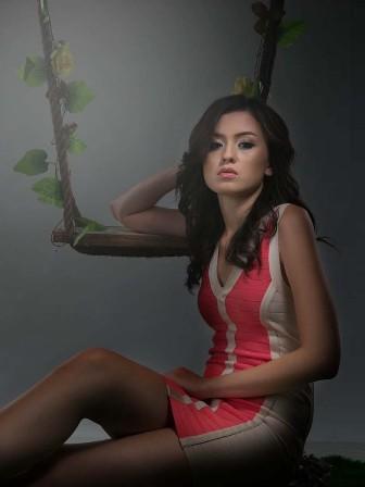 Kimberly Ryder, Romantic Dancing Girl