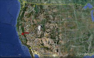 Красная точка указывает место, где в воскресенье 22 апреля 2012 года  метеорит  взорвался над Центральной Калифорнией.
