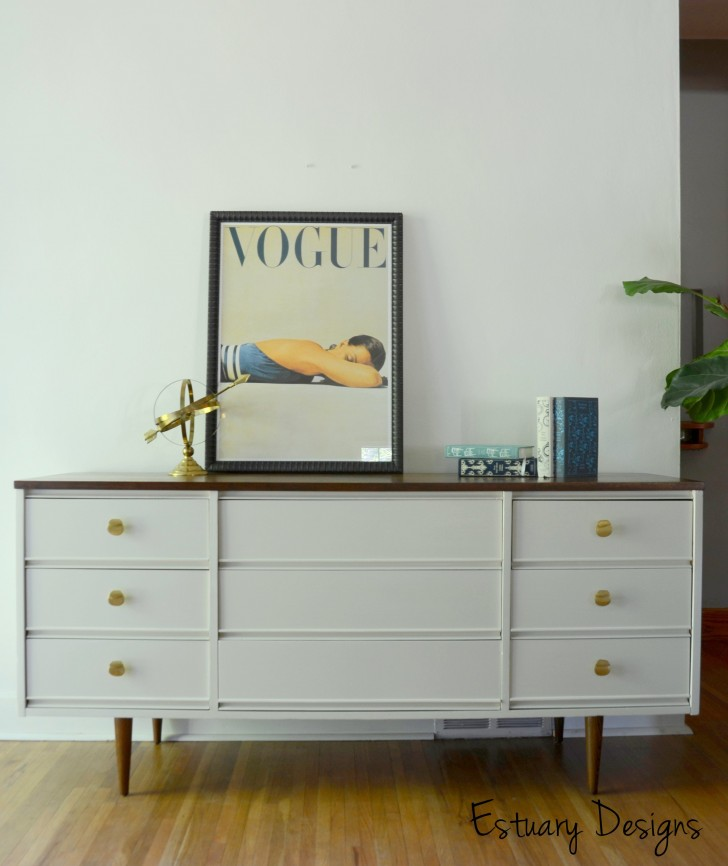 The lovely side to paint or not to paint my mid century for Painted mid century modern furniture