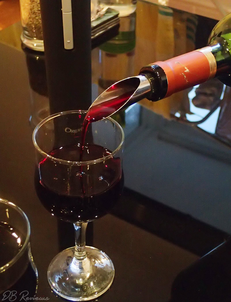 The Ozeri Pro Electric Wine Opener - Review