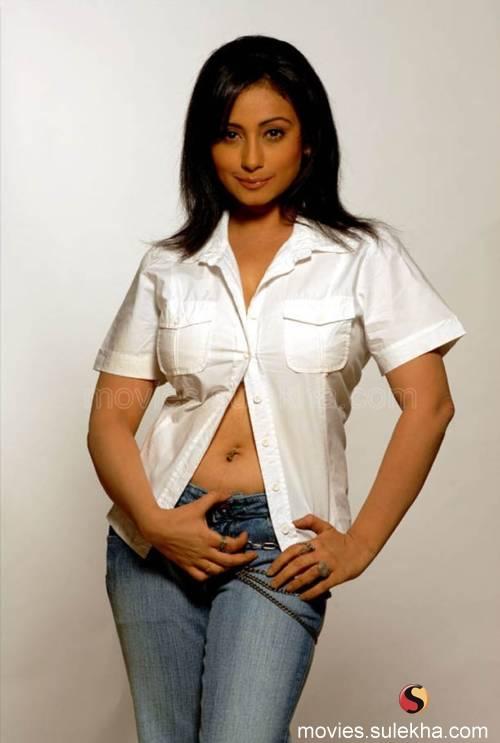 hot sexy divya dutta