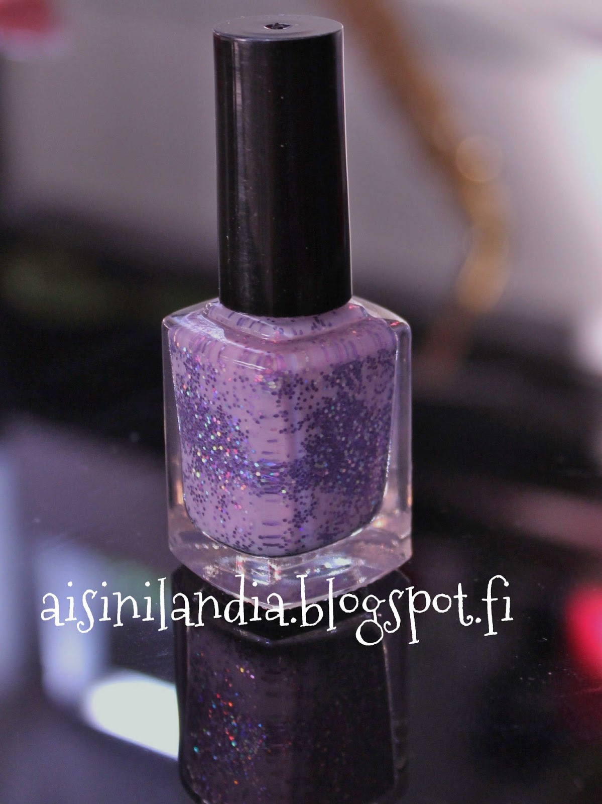Adventures in Sinilandia: Tutorial: How to make your own nail polish