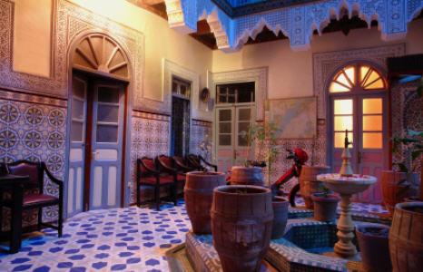 Transcendthemodusoperandi design interior of morocco for Moroccan style house plans