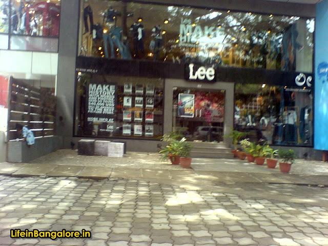 Lee Indiranagar 100ft road