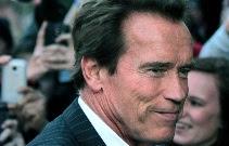 Arnold Schwarzenegger Meninggal Dunia ?