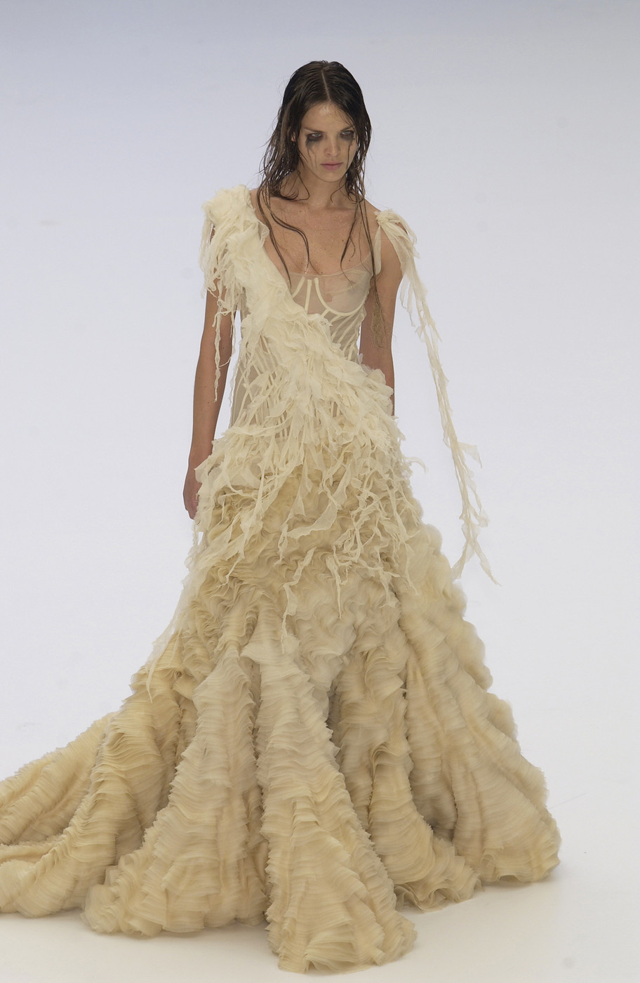 "Alexander McQueen ""Irere"" Spring/Summer 2003 collection via fashioned by love British fashion blog"