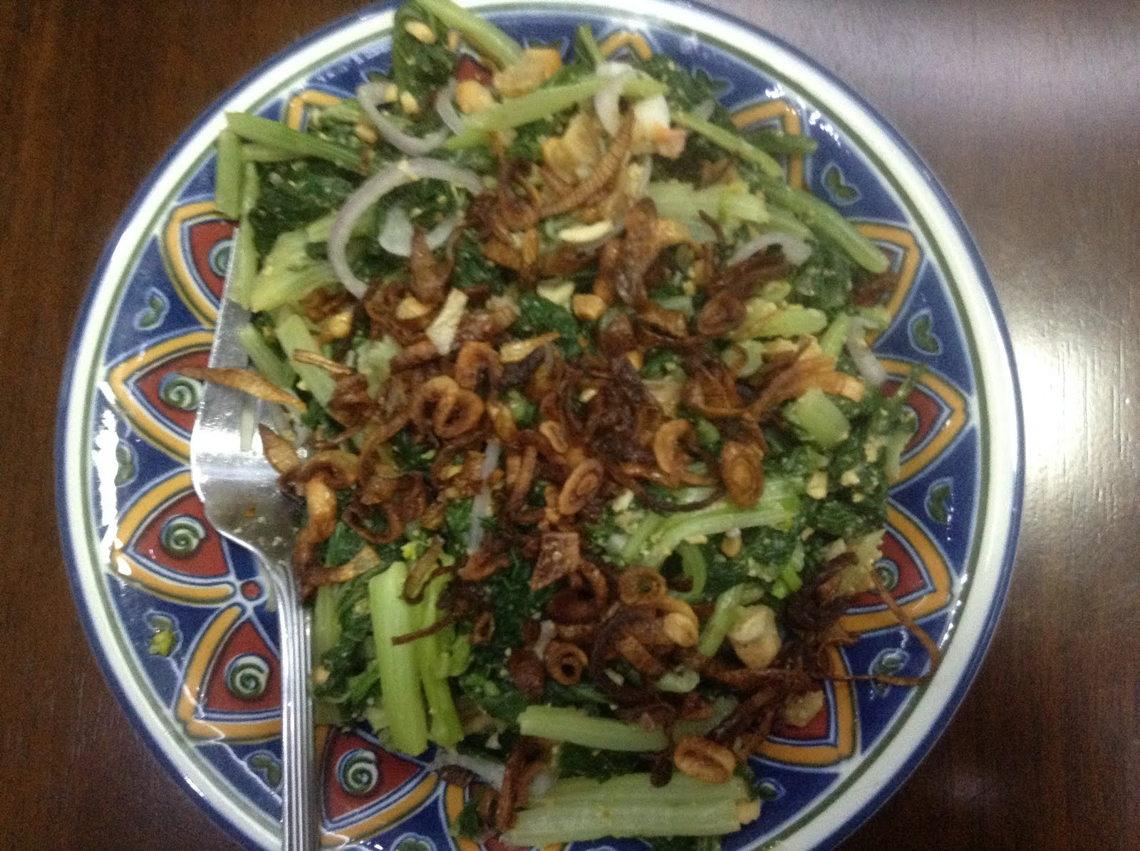 Tahra's cookin' Myanmar style!