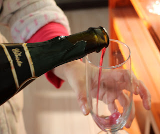 Pouring the fizz