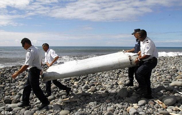 Serpihan Pesawat MH370 & Tulang Manusia Di Temui Di Selatan Filipina